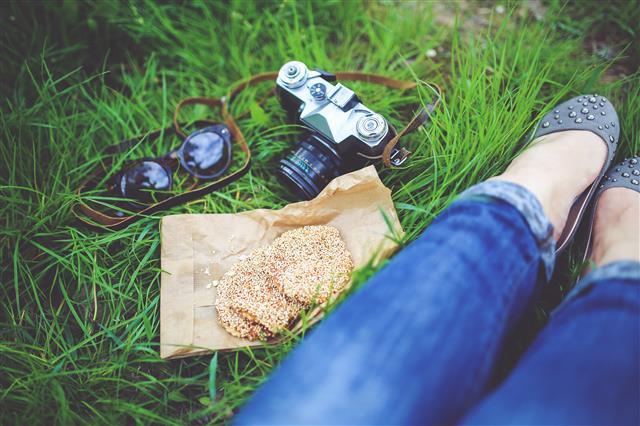 Fényképezőgép és lányÍ