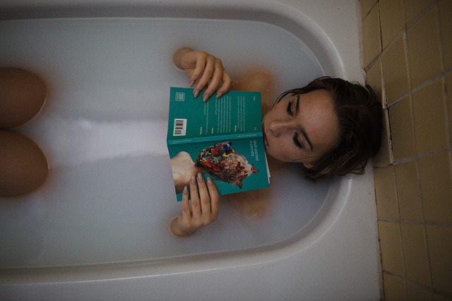 Pihentető fürdő